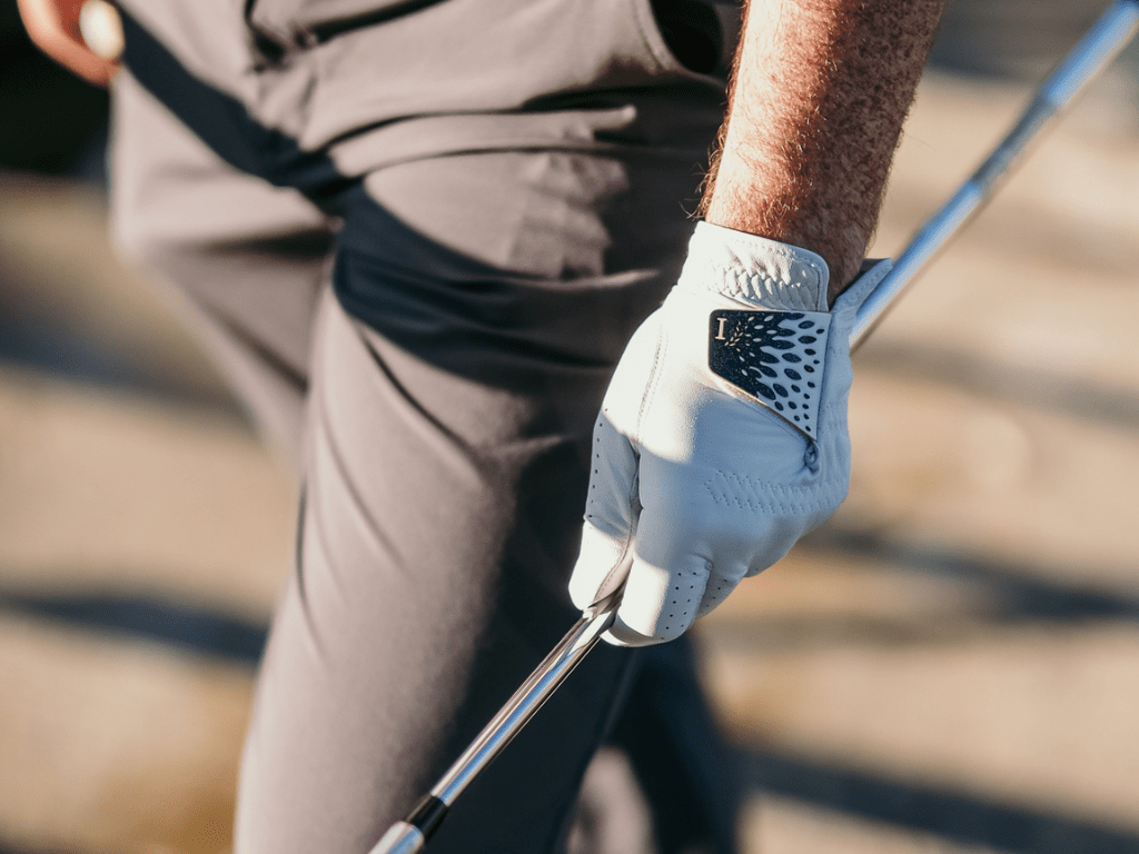 To correctly clean your golf glove, you need to know what's your type of golf glove?