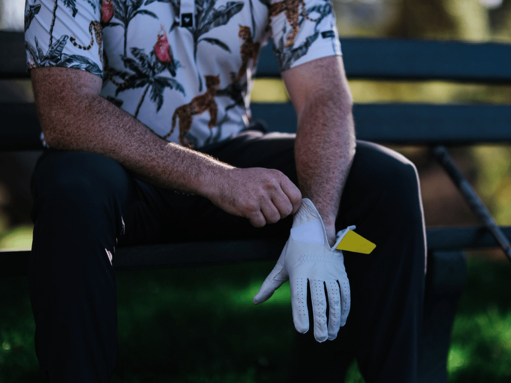 To know when you need to change your golf glove, you have to look at your glove first